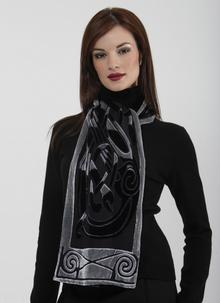 Celtic Velour Scarf Black/Silver