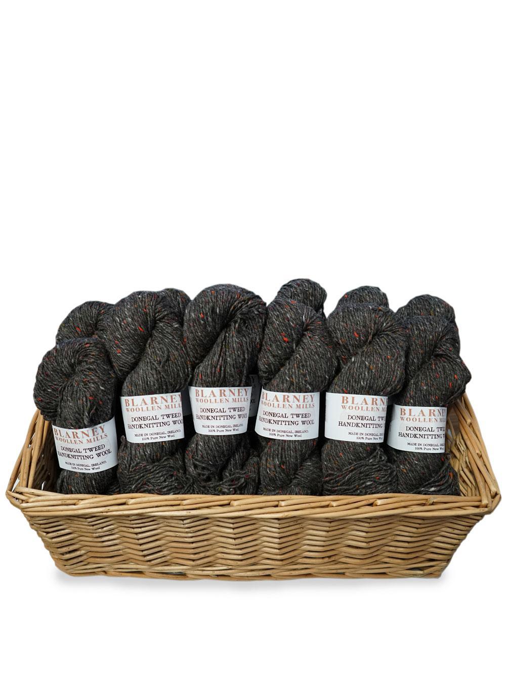 BAININ 1443 ~ Traditional Irish WOOL Tweed  ~ Aran