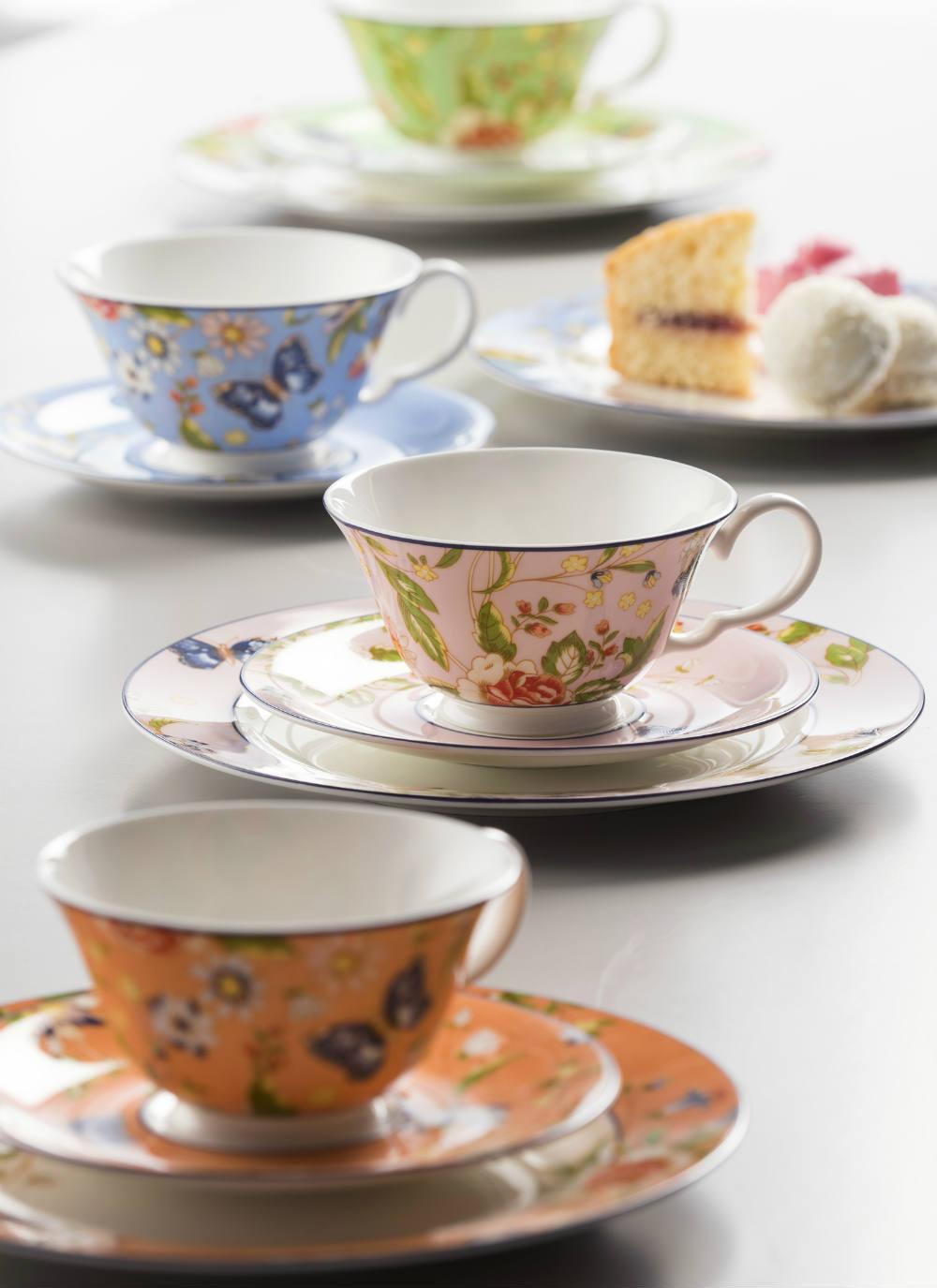 Cottage Garden Windsor Teacup & Saucer Set