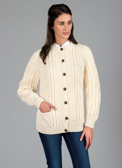 a56353a4431902 Ladies Hand Knit Aran Lumber