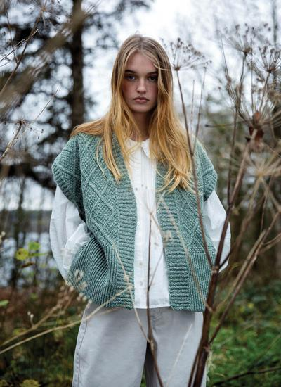 Nettle Sleeveless Diamond Cardigan