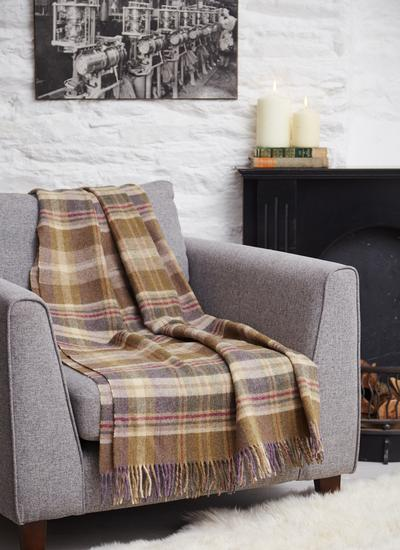 Country Meadows Lambswool Throw