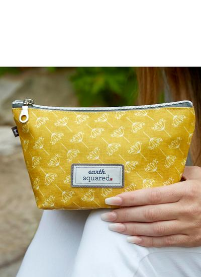 Dandelion Oil Cloth Make Up Bag