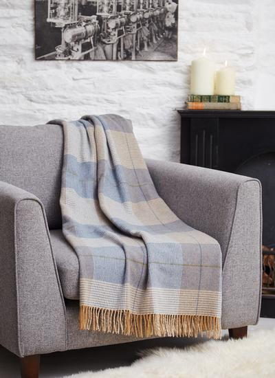 Irish Cottage Lambswool Throw