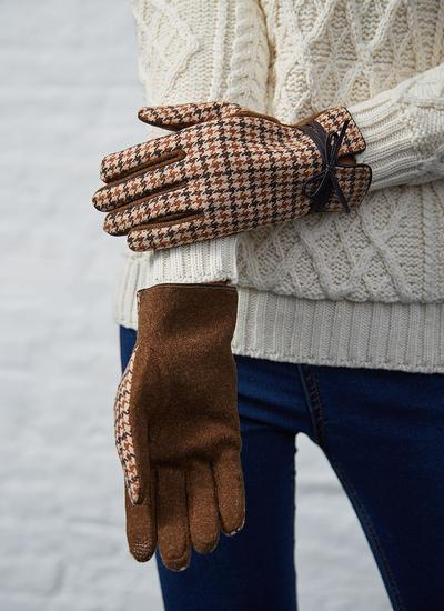 Ladies Tweed Gloves with Bow