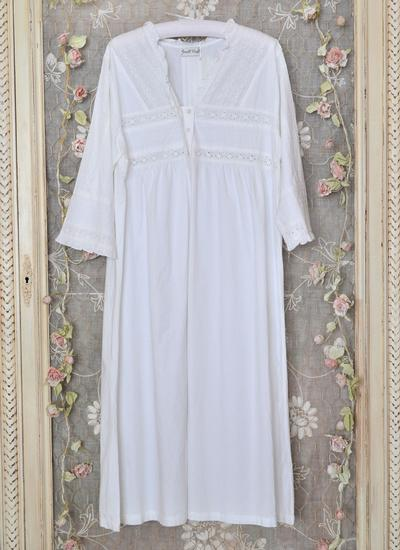 Elizabeth Nightgown