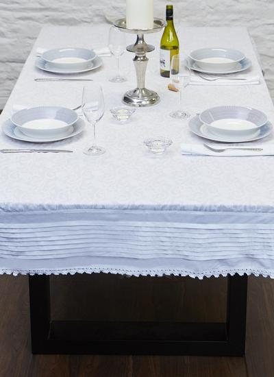 Bere Floral Tablecloth