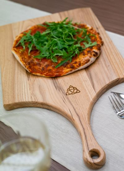 Personalized Trinity Knot Ash Pizza Peel