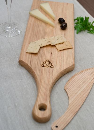 Trinity Knot Ash Cheese Paddle with Knife