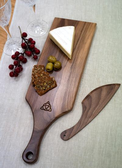 Personalized Trinity Knot Walnut Cheese Paddle with Knife