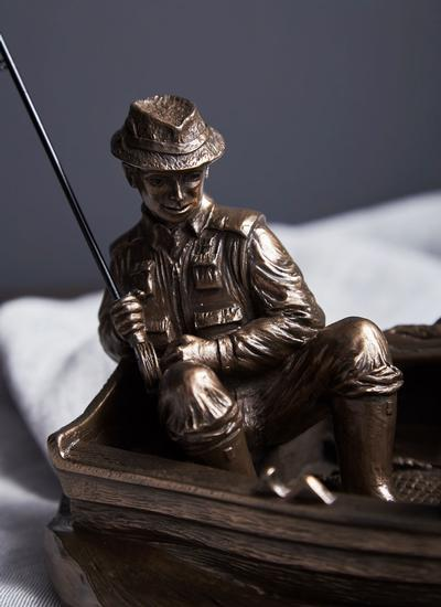 A Day's Fishing Statue