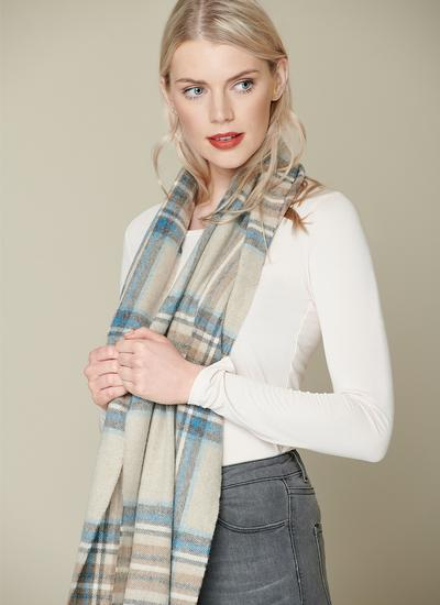 Kildwick Natural & Aqua Stole