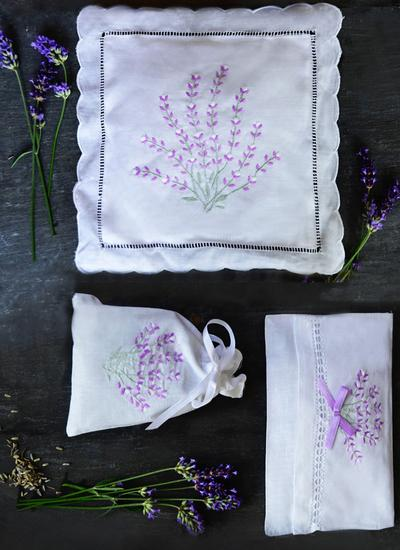Lavender Embroidered Sachet Set