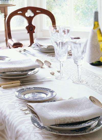 Colmcille Linen Tablecloth