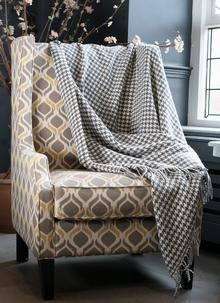 Blarney Merino Houndstooth Throw