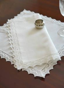 Classic Linen Napkins Set of 4