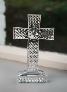 Waterford Crystal Diamond Cut Standing Cross