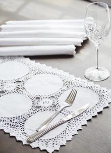 Circles Placemats 12'' x 16'' Set of 6